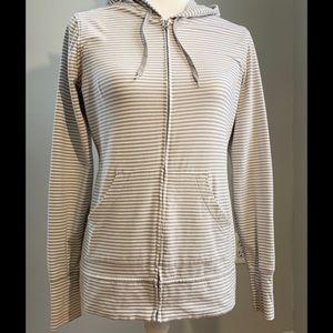 Gap//Woman's lightweight hooded sweatshirt size M